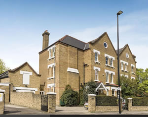 Eight bedroom house on Chiswick Lane went for £4,500,000